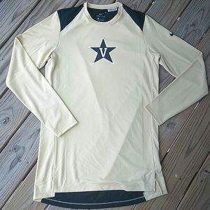 NWOT Vanderbilt Dri-Fit Long Sleeve